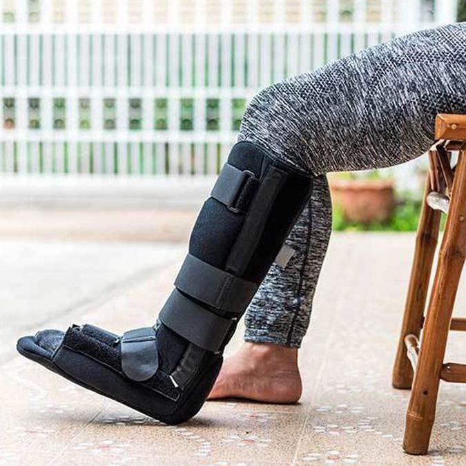 Flat foot brace